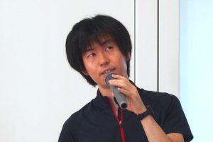 石吾 亘講師の顔写真